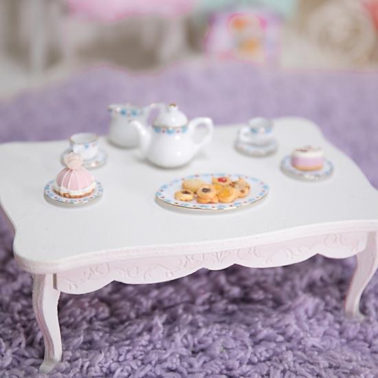 プリンセスコーヒーテーブル